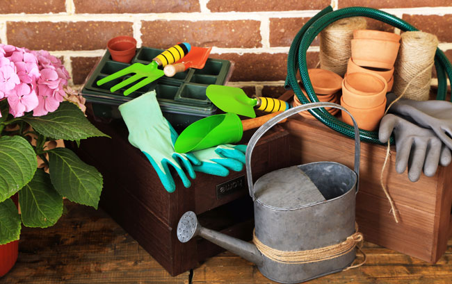 How to Store Gardening Tools to Make them Last Longer