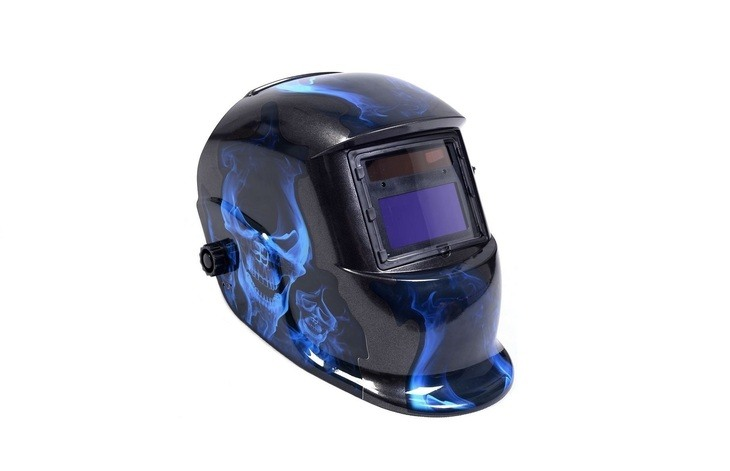 Is it safe to look at the eclipse with a welding mask